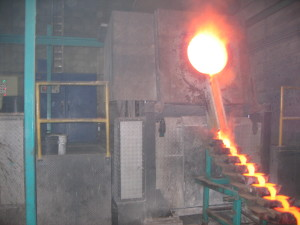 Induction melting furnace for silver