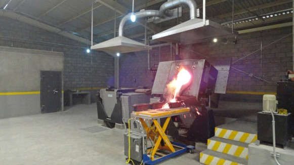 induction furnace for scrap melting